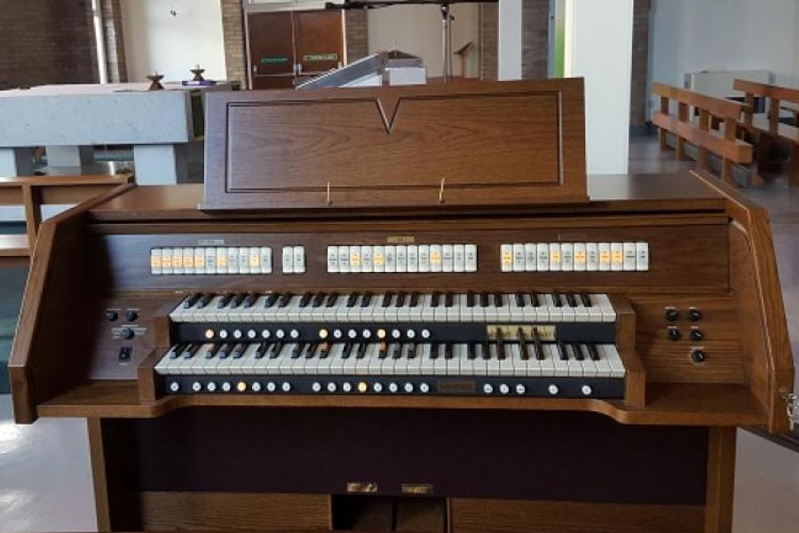 Viscount Jubilate 235 Deluxe (SOLD)  STD Listing is for Reference Only